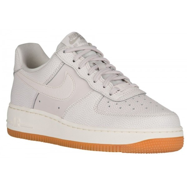 Nike Air Force 1 '07 SE Damen-Basketballschuh Hell...