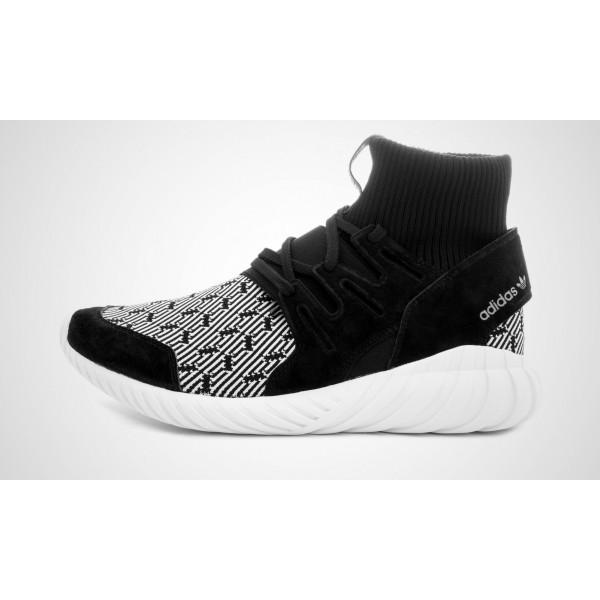 Adidas Tubular Doom (Schwarz/Weiß) CORE Schwarz/C...